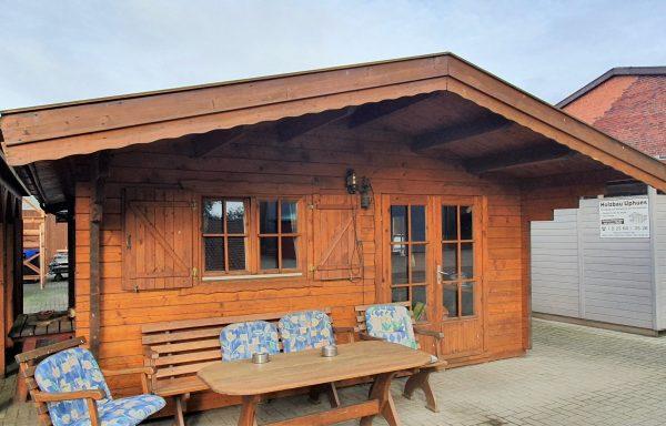 Massivholz Partyhütte