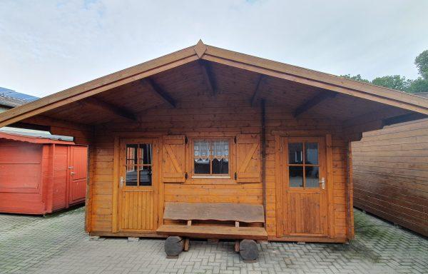 Massivholz Blockhaus inkl. Anbau